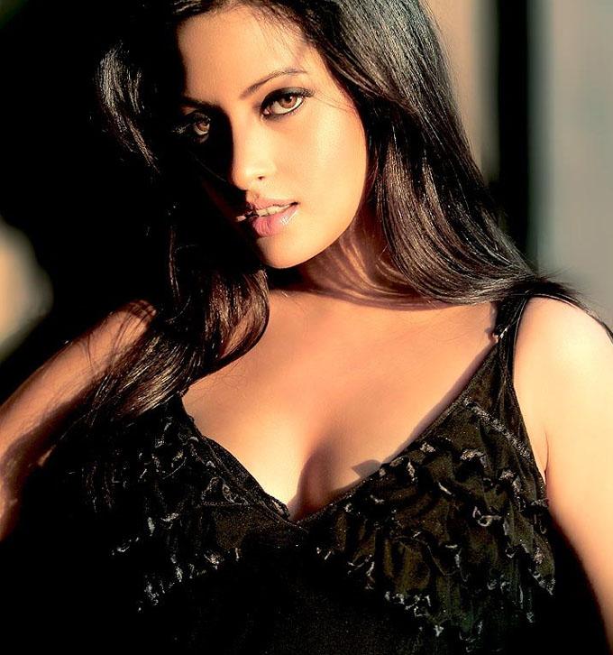 Riya Sen vidéo de sexe